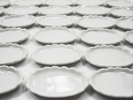 35mm Mini Plate Dish Dollhouse Miniature Ceramic White Oval Scallop Rim