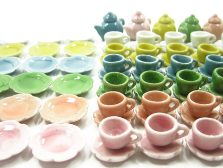 Dollhouse Miniature 96 Mixed Ceramic Teapot Cup Saucer Scallop Plate Dish 2338