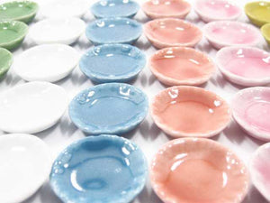 Dollhouse Miniatures Kitchen Ceramic 30 Mixed Color Round Plate Dish 2.5cm 2350