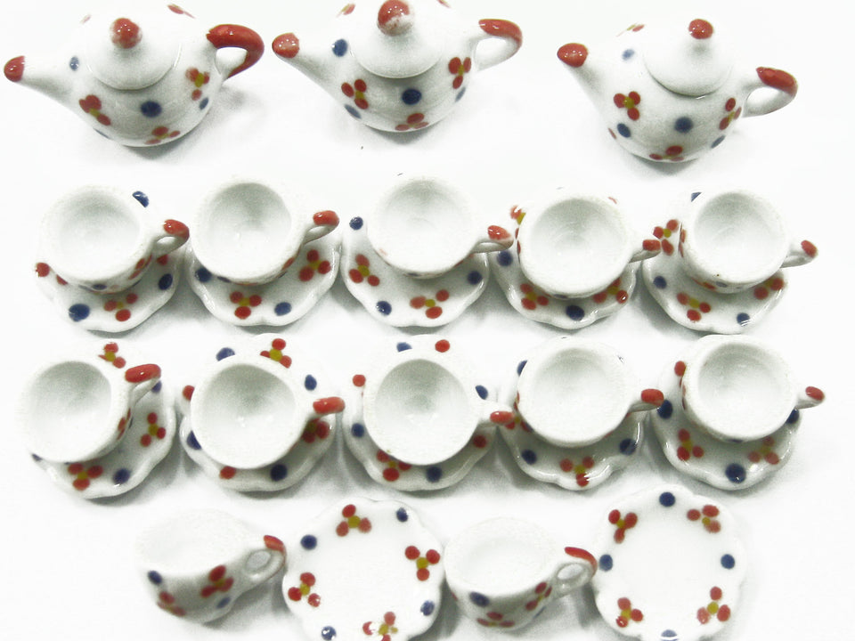 Dollhouse Miniature Ceramic 12/27 Paint Cup Teapot Saucer Scallop Plate #S 3888