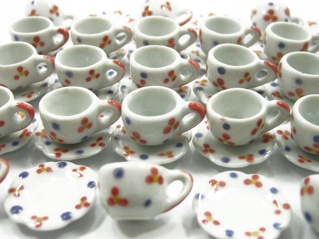 24/48 Paint Coffee Cup Saucer Scallop Plate Dollhouse Miniature Ceramic #M 3900