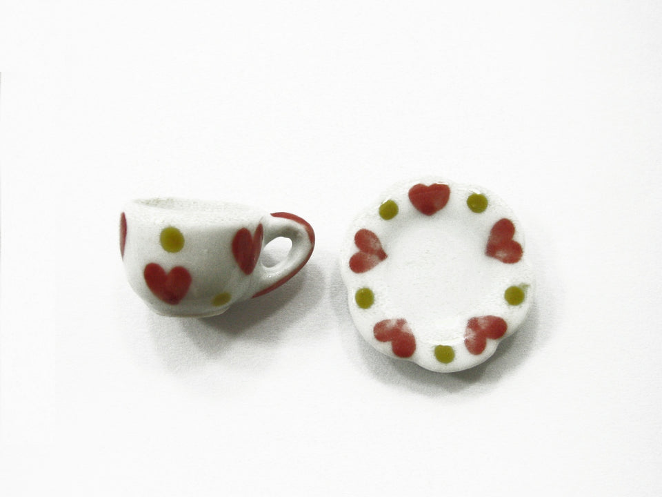 Dollhouse Miniature Ceramic 24/48 Heart Cup Teapot Saucer Scallop Plate #M 3901