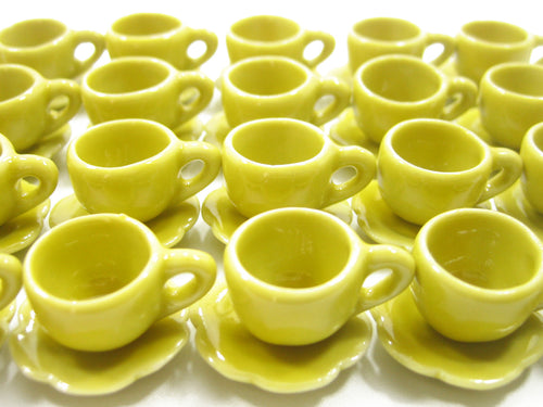 Dollhouse Miniature Ceramic Yellow Coffee Cup Saucer Scallop Plate #M