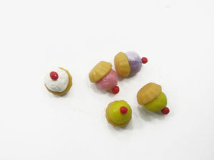 Dollhouse Miniature Food Lot Loose Mixed Assorted Color Cupcakes