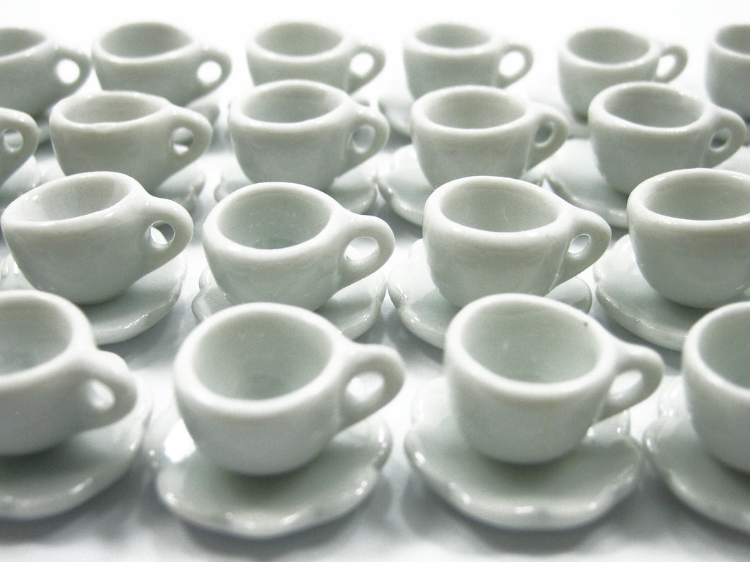 Dollhouse Miniatures Ceramic Coffee Cup White Scallop Plate Saucer #S