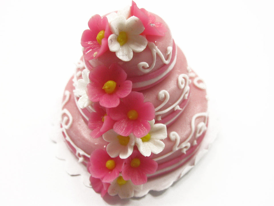 NEW Dolls House Miniature Food 3 Layer Wedding Cake Pink Flower Top Charms 7473