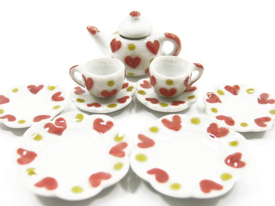 Dolls House Miniature Kitchen Ceramic 9 Mixed Plate Coffee Heart Paint CF00 8059