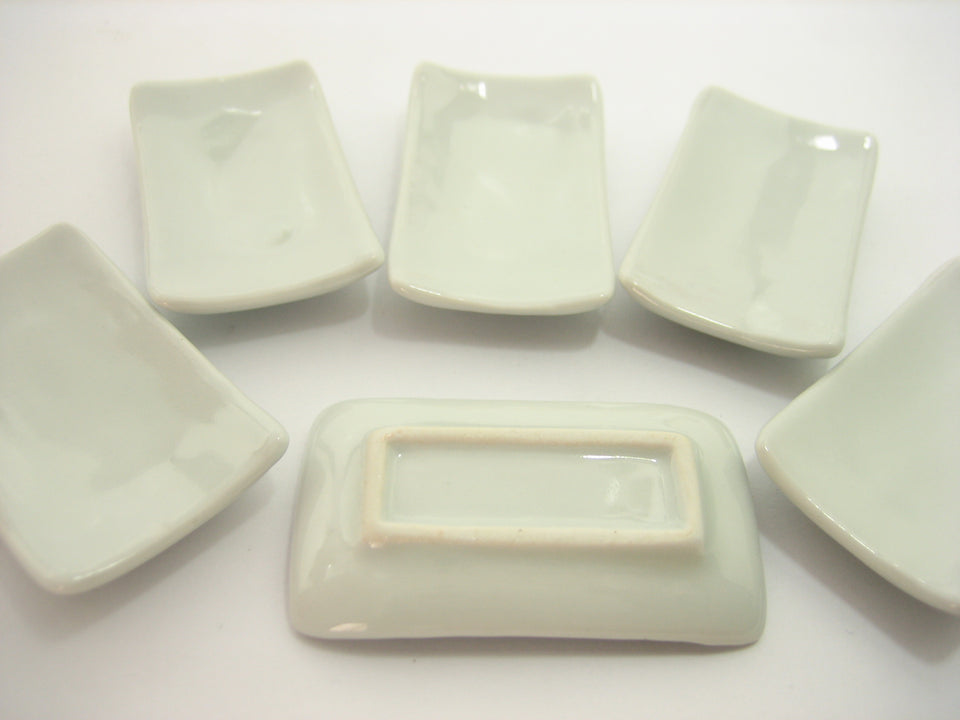 6 White Ceramic Large Square Plate Dish 30x50mm Dollhouse Miniature Supply 10679