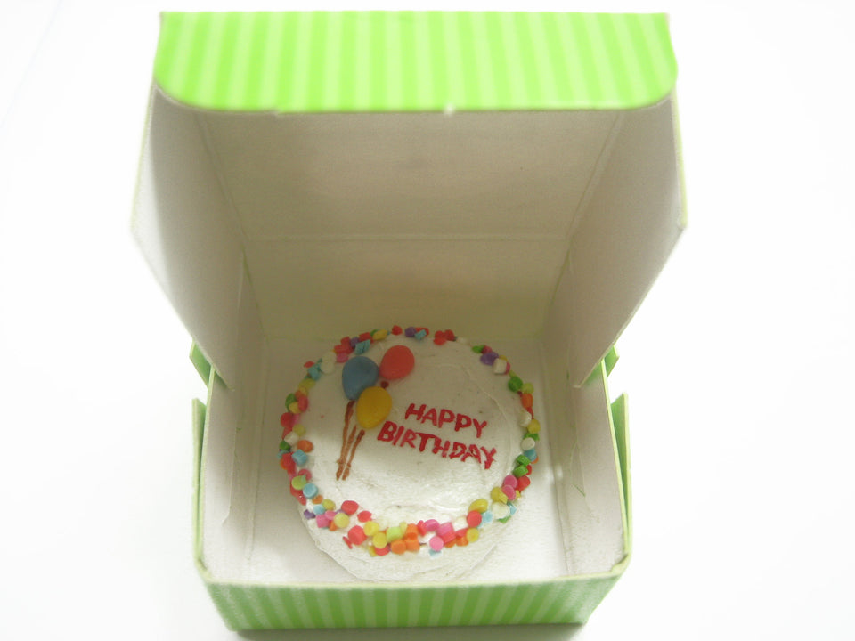 Dollhouse Miniature Food Accessories 6 Paper Cake Boxes Green Color 10739