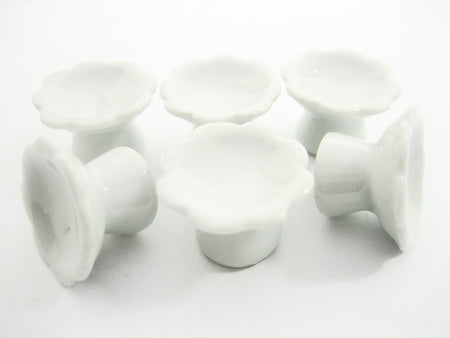 20 mm White Cake Bakery Ceramic Stand  Dollhouse Miniatures Supply