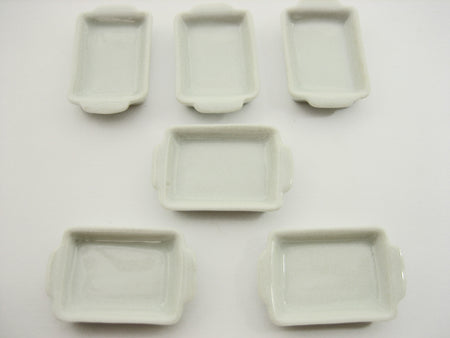 White Baking Pan/Tray 20x25 mm Dollhouse Miniatures White Ceramic Supply