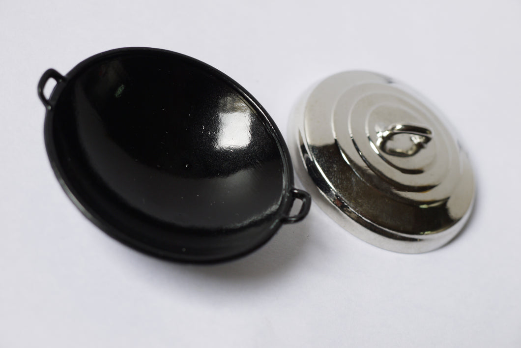 Dollhouse Miniature Food Cooking Pan Tools Black Chinese Wok with Lid 10915