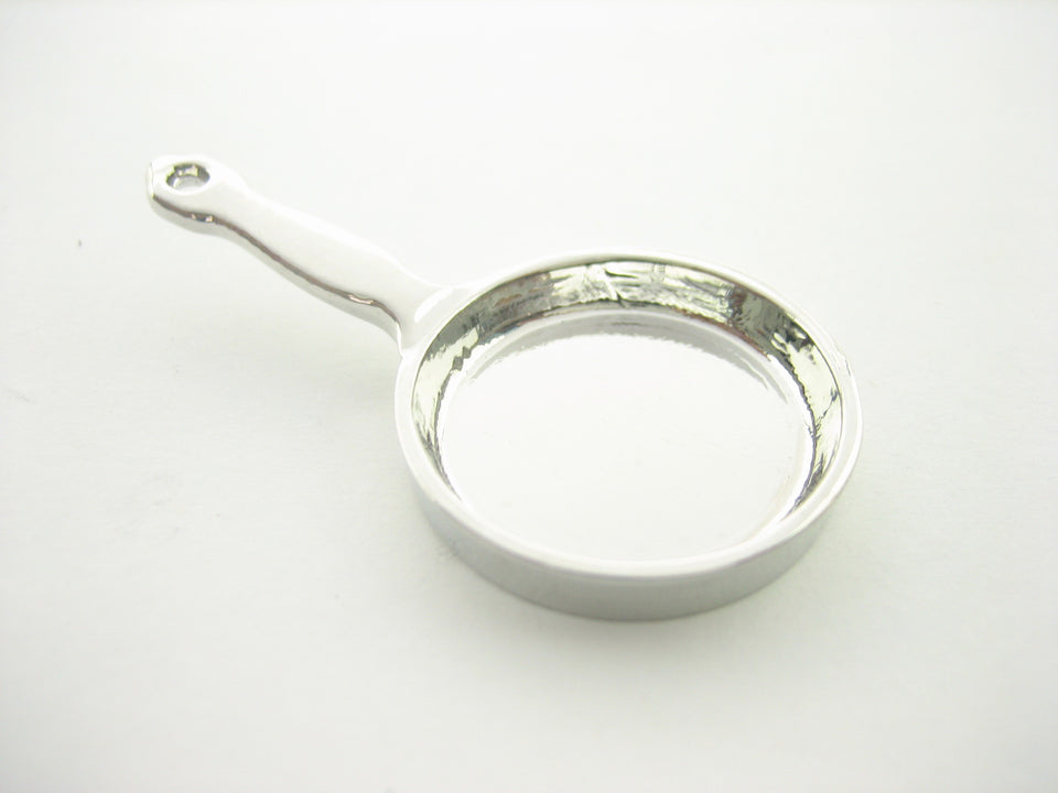 Dollhouse Miniature Accessories Cooking Tool Silver Frying Pan Supply 10933