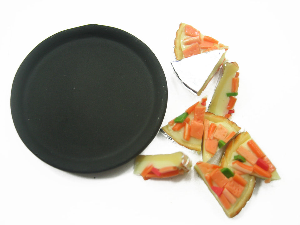 DollHouse Miniatures Food 8 Cuts Ham Sausage Delight On Pizza Hot Pan 10980