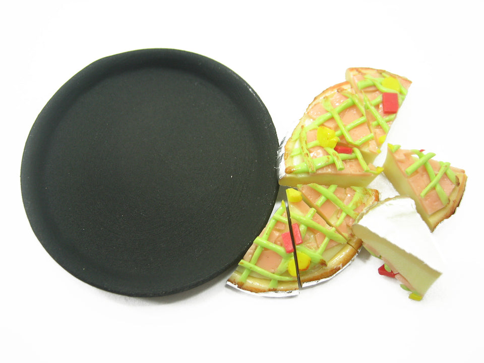 DollHouse Miniatures Food 8 Cuts Vegetable Bacon Delight On Pizza Hot Pan 10982