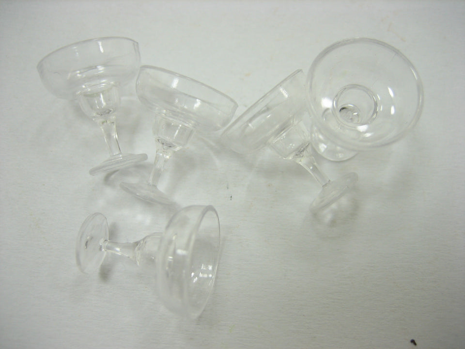 Acrylic Cocktail Glass Dollhouse Miniatures Accessories Beverage Supply