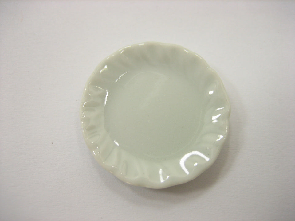 30mm Mini White Scallop Plate Dish Dollhouse Miniatures Ceramic Supply