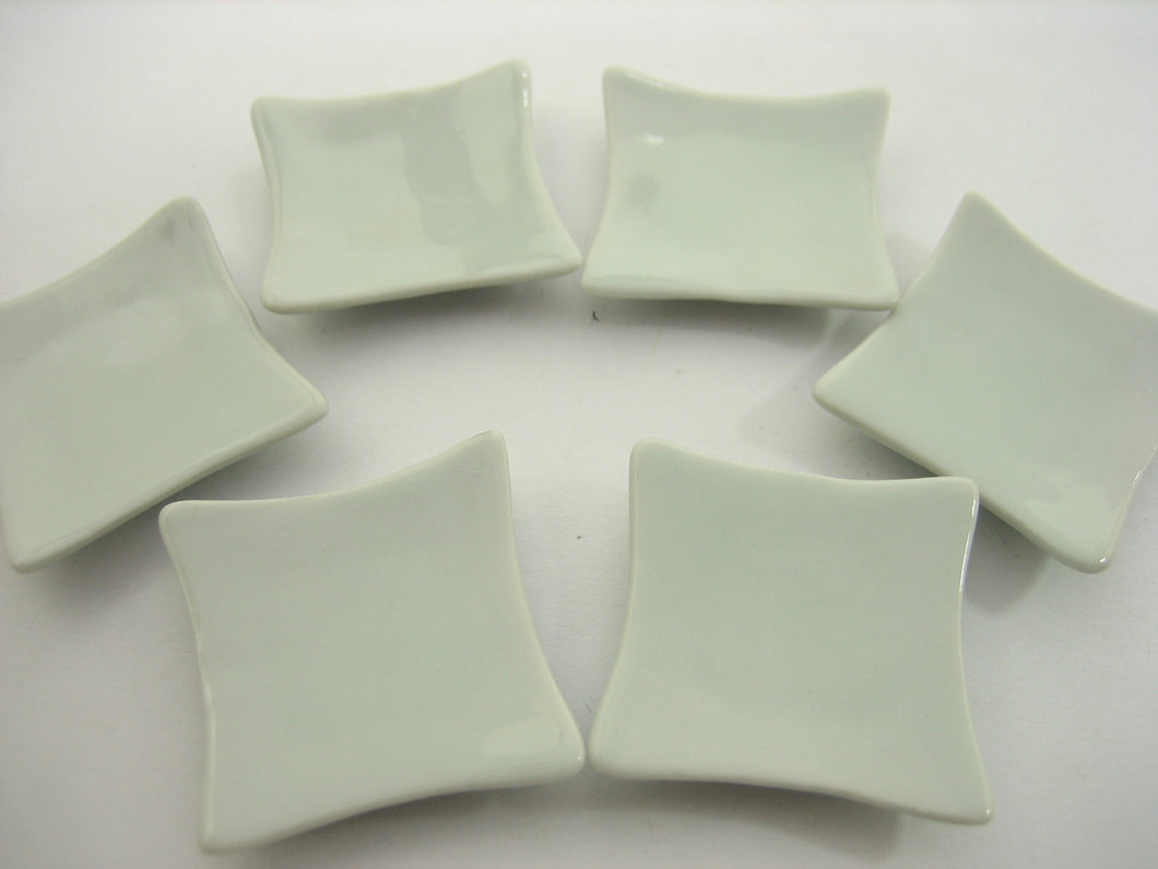 35x35mm Of 6 Square Plate Dish Dolllhouse Miniature White Ceramic Supply 12674