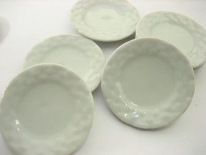 6x45mm White Large Round Plate Dish Dolllhouse Miniature Ceramic Barbie 12676