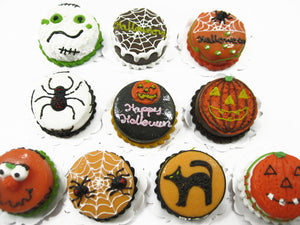 10x20mm Different Halloween Seasonal Cake Dollhouse Miniatures Food 12712