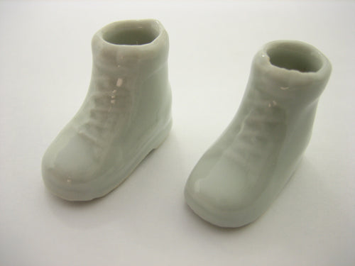 2 White Shoe Ceramic Vase Planter Pot Dollhouse Miniature Ceramic Supply 12803