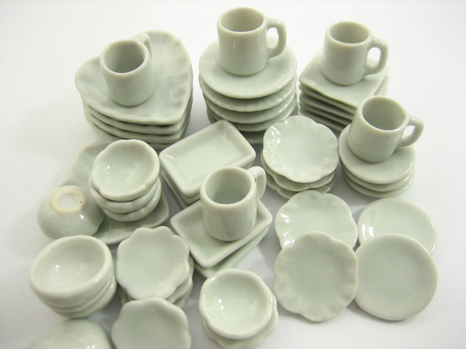 50 Mixed White Ceramic Plate Dish Bowl Coffee Cup Mug Dollhouse Miniature 13345