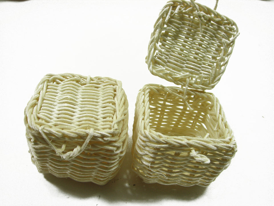 Wholesale Picnic Wicker Baskets Dollhouse Miniatures Handmade Supply