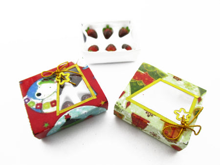 Dollhouse Miniature 2 Paper Boxes Chocolate Strawberry Dessert Christmas 13623