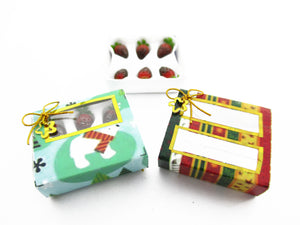 Dollhouse Miniatures 2 Paper Boxes Chocolate Strawberry Dessert Christmas 13626