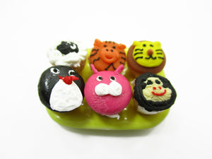 Dollhouse Miniature Food Plate Of Cartoon Cup Cake Handmade Supply Charms 13683
