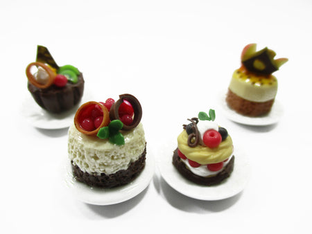 Dolls House Miniatures Food 1:12 Mini Luxury Cake Dessert Ceramic 4 Plates 13935