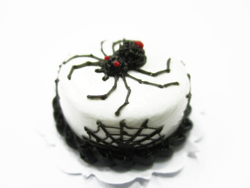Dollhouse Miniatures Halloween Cake 2 cm Spider Seasonal Handmade Holiday 13972