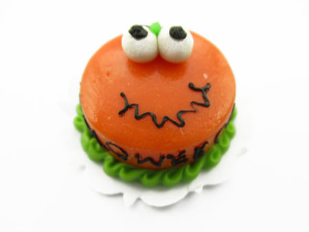 Dollhouse Miniature Halloween Cake 2 cm Happy Fancy Night Seasonal Supply 13993