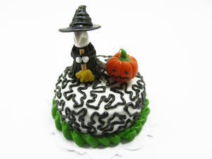 Dollhouse Miniatures Halloween Cake 2 cm Witch Seasonal Handmade Holiday 14000