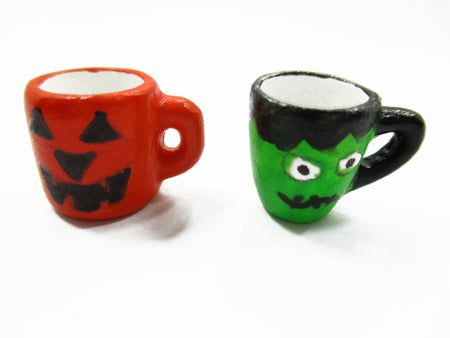 Dollhouse Miniatures 2 Hand Painted Halloween Seasonal Cup Mug Ceramic 14006