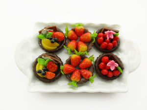 Dollhouse Miniatures Food Fruit Tart On Ceramic White Tray Cake Dessert 14037