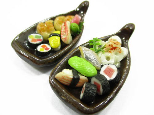 Dollhouse Miniatures Japanese Food Set 2 Bento Sushi Lunch Stone Ware Boat 14052
