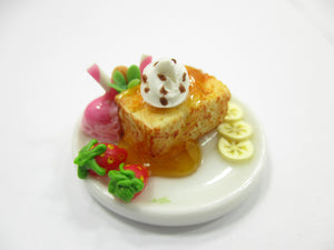 Dollhouse Miniatures Food Honey Toast Fruit Topping Dessert Ceramic Plate 14150