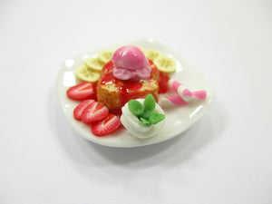 Dollhouse Miniatures Food Honey Toast Fruit Topping Dessert Sweet Plate 14151