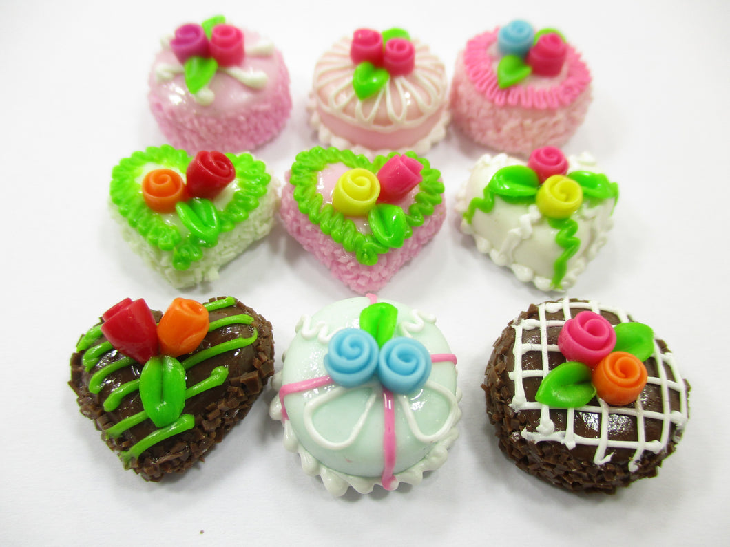 Dollhouse Miniatures Food Cakes 9 Mixed Color Rose Flower Cake 1.5 cm 14218