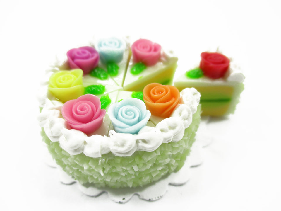 Dollhouse Miniature Food 8 Cuts Slice Green Cake 3 cm Rose Flower Supply 14327