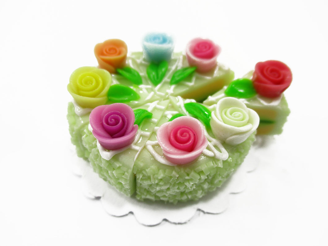 Dollhouse Miniatures Food 8 Cuts Slice Green 3 cm Cake Rose Flower Supply 14729