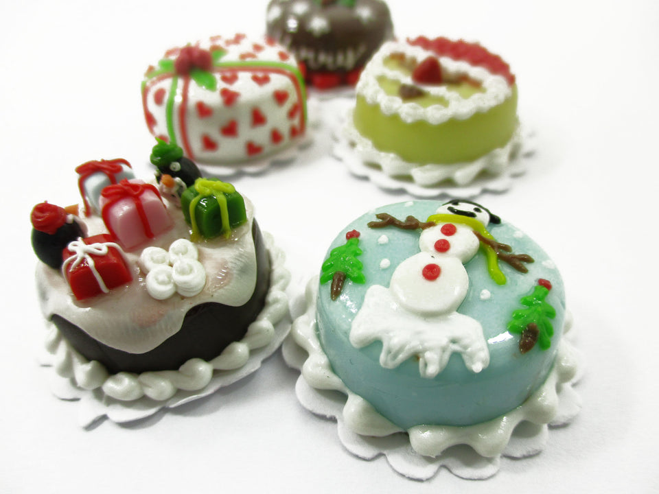 Dollhouse Christmas 5 Cake 2 cm Holiday Seasonal Miniature Christmas 14945