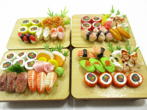 Dollhouse Miniatures Japanese Food 4 Sushi Bento Lunch Set Wooden Supply 15120