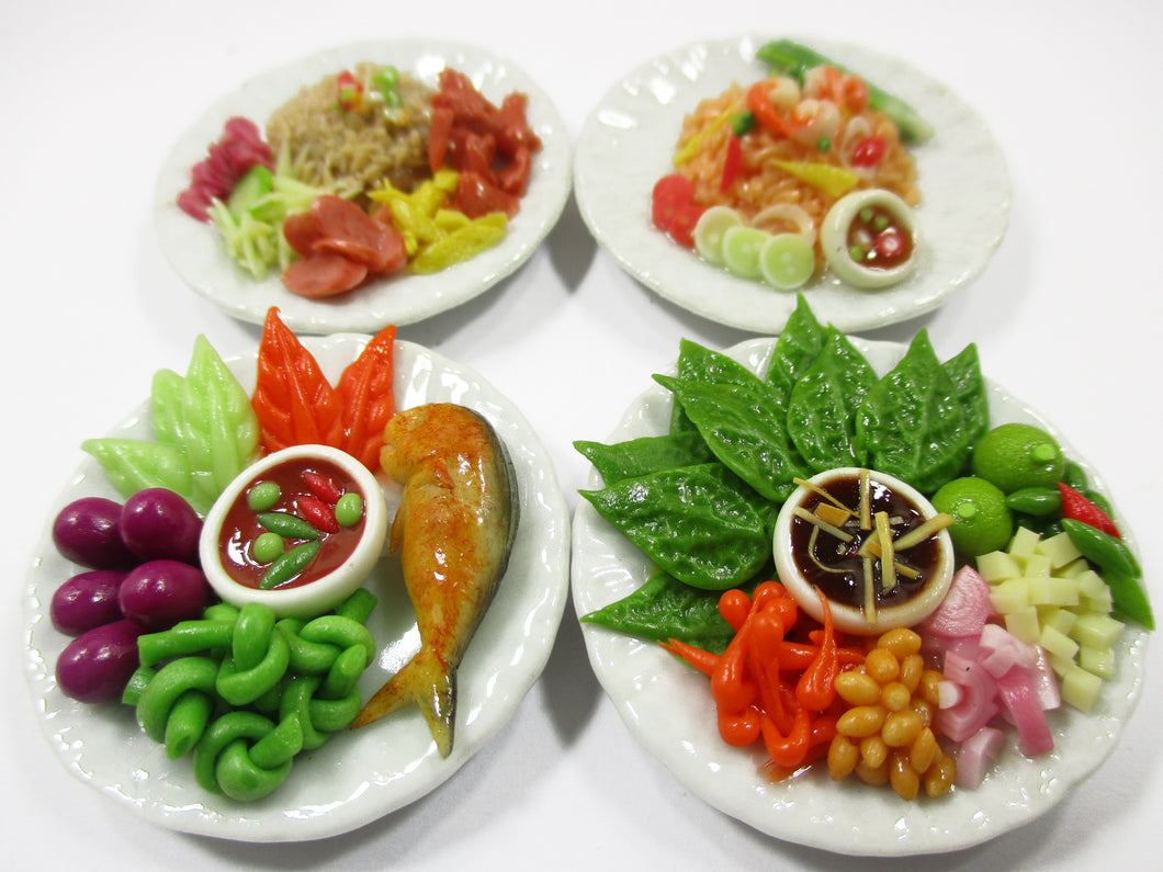Dollhouse Miniature food 4 Ceramic Plates Thai Food Dollhouse Food Supply 15204