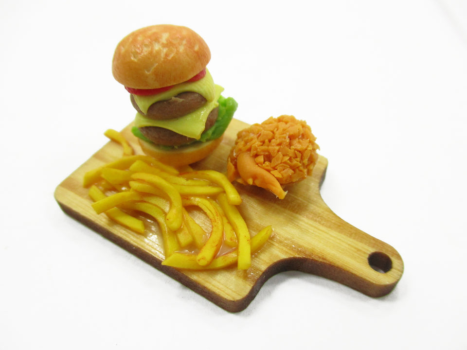 Dollhouse Miniature Food Beef Burger French Fries On Wooden Board Supply 15221