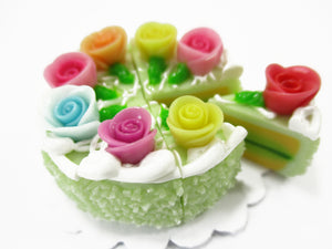 Dollhouse Miniatures Food 8 Cuts Slice Green 3 cm Cake Rose Flower Supply 15371