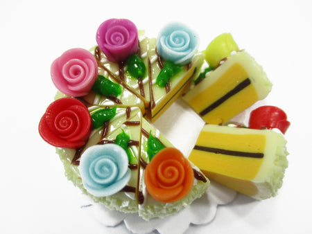 Dollhouse Miniatures Food 8 Cuts Slice Vanilla Cake Rose Flower Supply 15396