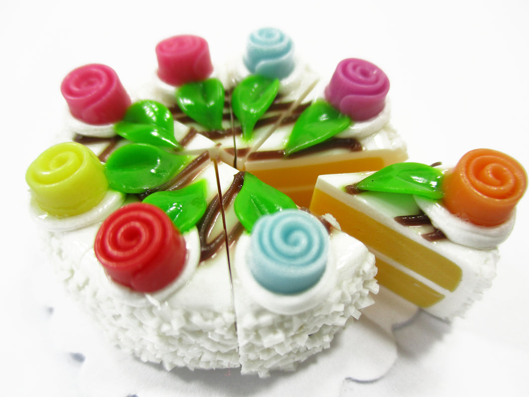 Dollhouse Miniature Food 8 Cuts Slice White Creamy Cake Rose Flower Supply 15409