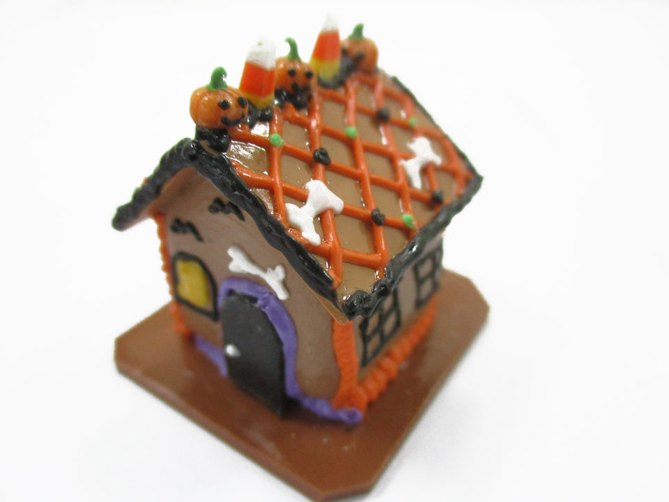Dollhouse Miniature Halloween Gingerbread House Pumpkin Holiday 15437